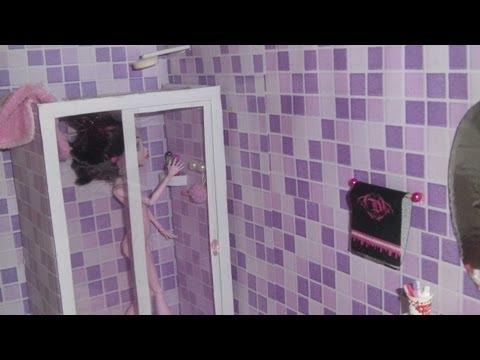 Como fazer um banheiro (box e chuveiro) para boneca Monster High. Barbie e etc