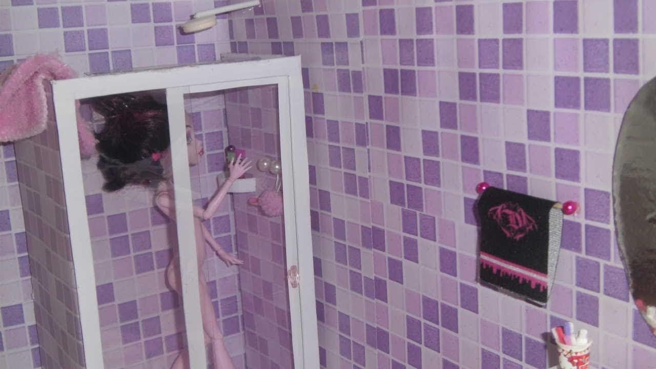 Como fazer um banheiro (box e chuveiro) para boneca Monster High, Barbie e et -> Como Fazer Pia De Banheiro De Boneca