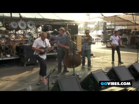 "The Infamous Stringdusters Perform ""Steam Powered Airplane"" at Gathering of the Vibes 2011"