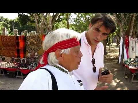 Pompilius Onofrei - interviewing Hunbatz_Men on 20.12.2012, in Chichen-Itza, Yucatan, Mexico.MOV