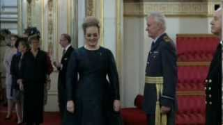 Adele Video - Adele at Buckingham Palace to receive MBE (December 19th, 2013)
