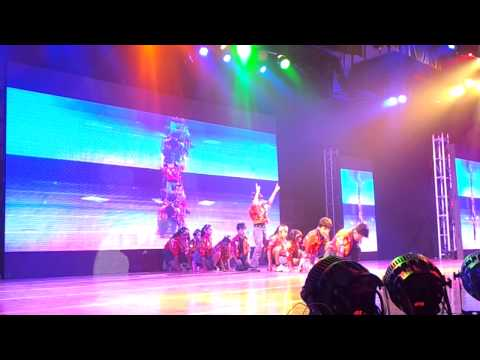 Rishi at Shiamak Summer Funk 2012 performing on Tai Tai Fish...