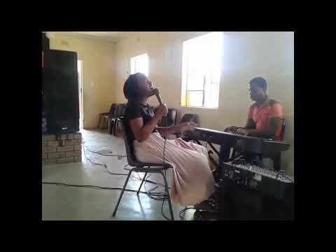 Zandile Sibanyoni(Ungiphethe Kahle Moya ongcwele,Ngizolibonga& Ungena Nathi)