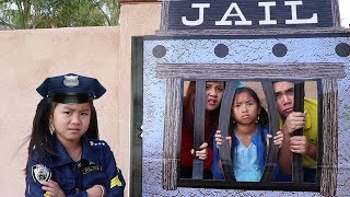 Police Jannie & Wendy Pretend Play LOCKED UP w/ Jail Playhouse