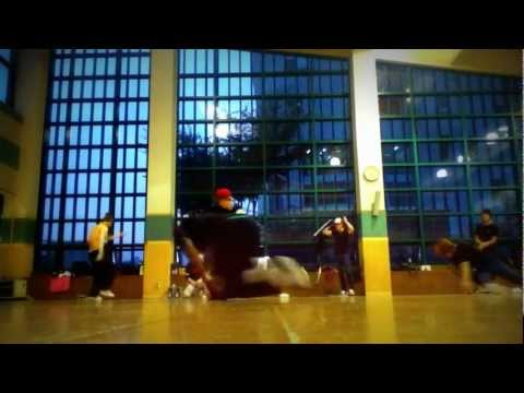 Bboy Hakeem chilled Session footwork, flow and power