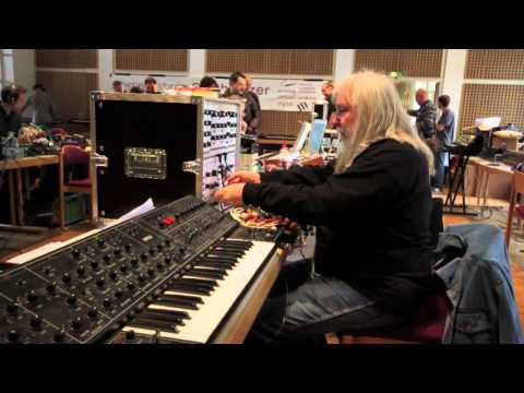 Synthesizermeeting HD 720p by Joerg Schaaf