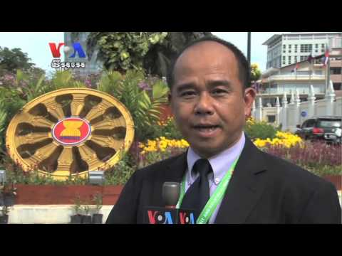 Cambodian Youth Takes Pride in President Obama's Visit