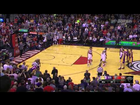 LA Lakers - Portland Blazers 107 - 106 : Wesley Johnson's game-winner & final seconds  | 3 Mar 2014