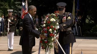 Obama lays wreath at the Tomb of the Unknown Soldier
