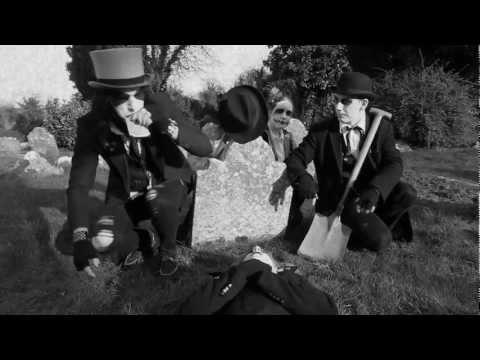 Tyla J Pallas - Beatifully Insane