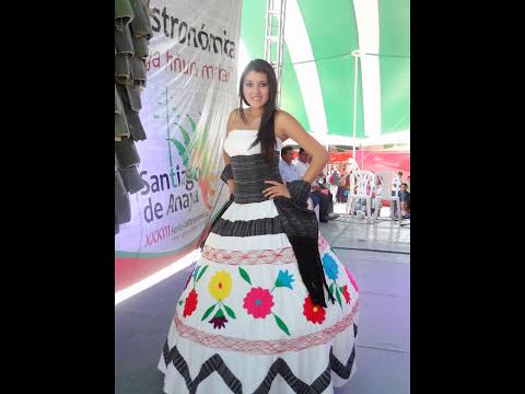 desfile de trajes estilizados en Santiago de Anaya 31 de marzo 2013
