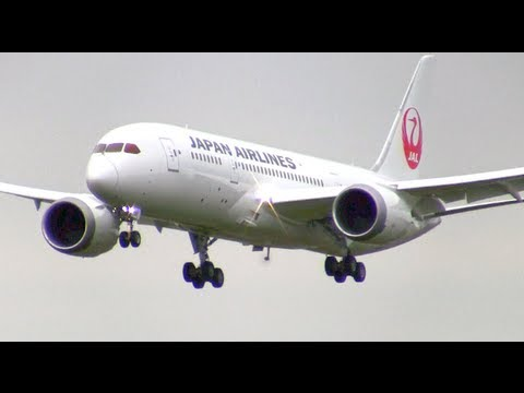 The RAT Hangs Out on Japan Airlines 787 - Test Flight Boston Logan 5-15-2013