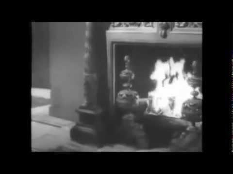 Tino Rossi chante Petit Papa Noël - Version originale de 1946