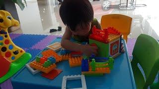 Bé Tin Chơi Nhà Banh, Đi Siêu Thị | Kids Toy Media