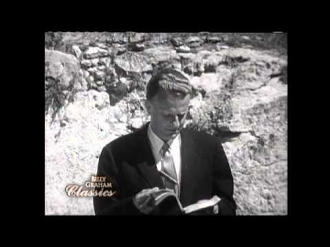 Billy Graham at the Garden Tomb, 1960