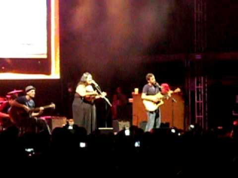 Jack Johnson & Paula Fuga - Country Road (7/25/10 River's Edge Somerset, WI)