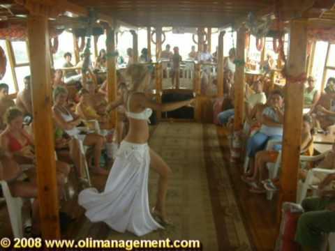 TURKEY – Belly Dancer on CIN BOAT Trip – Manavgat River