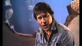 Watch Shakin Stevens Its Raining video