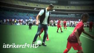 Cristiano Ronaldo playing football with kids in Japan 2014 HD