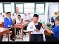 Presiden Jokowi Temani Anak SMP Yang Ketakutan Di Suntik Imunisasi Measles Rubella Di Yogyakarta