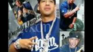 Watch Daddy Yankee El Muro video