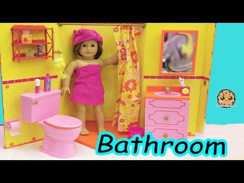 American Girl Doll Room - Shower,  Brush Teeth, Surprise Blind Bags Toy Video thumbnail