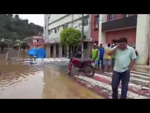 Enchente em Barra de são de São Francisco-ES - As  09:00 h