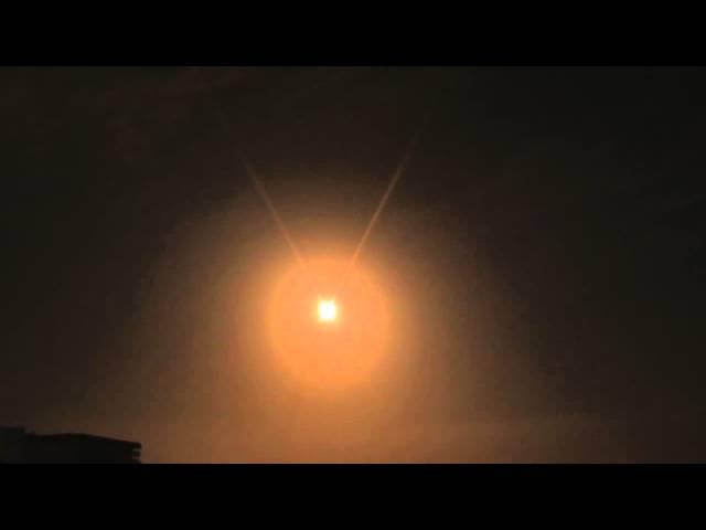 UFO sightings caught on tape night before the Haiti   NOT    India Nepal Earthquake Tsunami HAARP