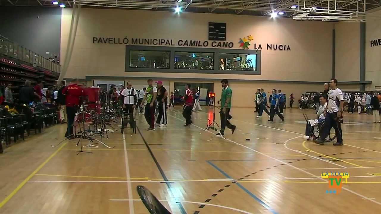 02 02 14 los 215 mejores arqueros de espa a participaron for Piscina municipal camilo cano