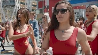 Funny Slow-Mo Marathon Clip for the BAYWATCH Movie