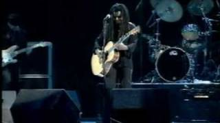 Watch Tracy Chapman Fast Car video