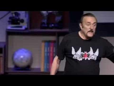 Philip Zimbardo: Why ordinary people do evil ... or do good
