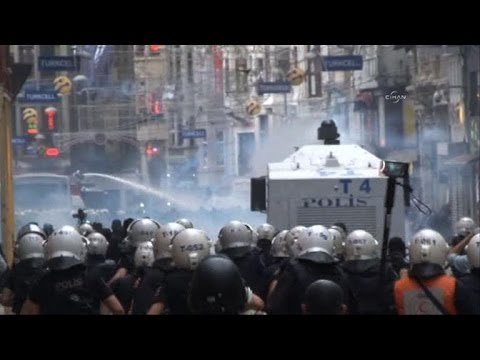 Police fire tear gas at Turkey anniversary protest