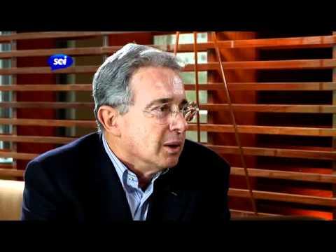 En exclusiva: Historias secretas de un ex presidente, Alvaro Uribe