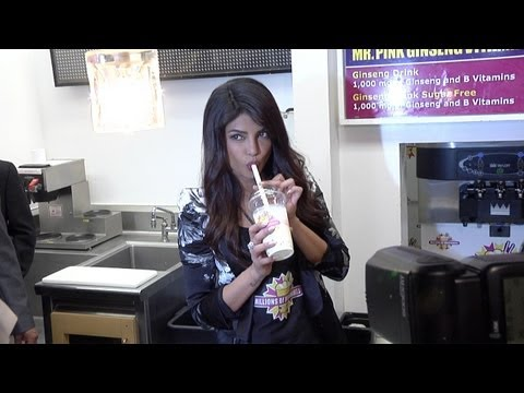 Priyanka Chopra Makes Her Exotic Shake At Millions Of Milkshakes In West Hollywood video
