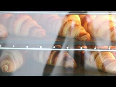 Making and Baking Classic French Croissants - weekendbakery.com