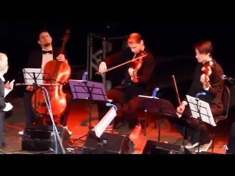 Сурганова и Оркестр - Здание красят