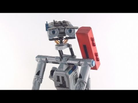 Video Review of the custom Robot V (aka Johnny 5 from Short Circuit 1 & 2)