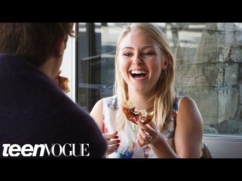 'Carrie Diaries' Star AnnaSophia Robb Talks Cronuts and Unicorns --Breakfast with Bevan--TeenVogue