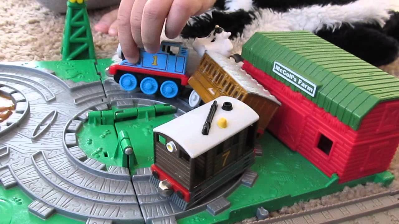 kid plays  thomas  tank engine toys skunk whoopi cushin youtube