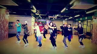 Download Lagu Zumba Echame La Culpa - Luis Fonsi, Demi Lovato - Choreo by Shindong in Korea Gratis STAFABAND