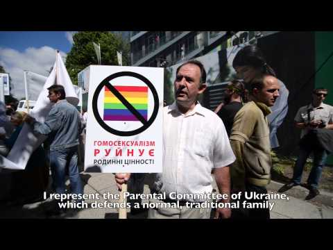 The first gay parade in Ukraine: anti-gay protests