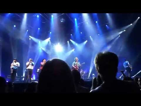 Bruno Mars Moonshine Jungle Tour Concert Buffalo, NY 2014 Part 1
