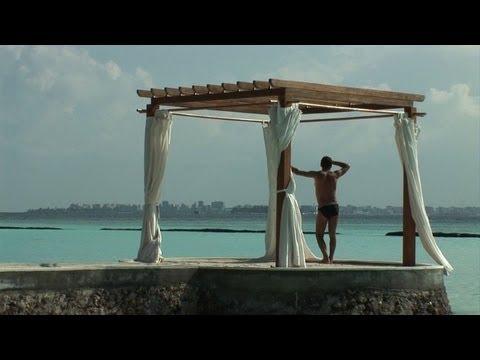 Maldives tourism suffers amidst political turmoil