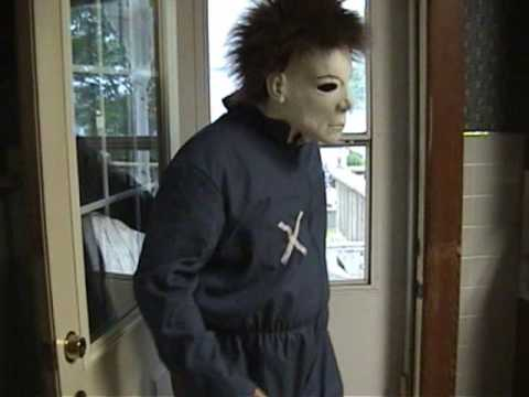 The Killer Roommates: Michael Myers and Ghostface! Funny!