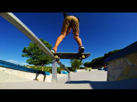 Multi-Angles : Tailslide down the rail (GoPro angles)