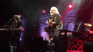Watch Arlo Guthrie Victor Jara video