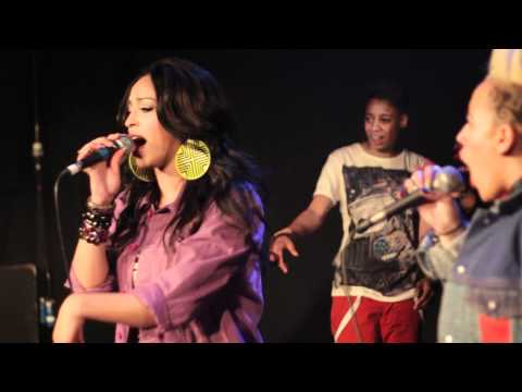 SBTV: Stooshe Love/F**k Me Remix [Live Performance] feat. Lioness, A.Dot &#038; RoxXxan | UK Urban Pop, Soul, Rap