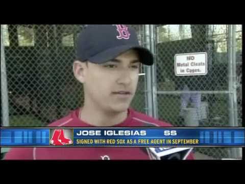 Jose Iglesias Impressive in Red Sox Spring Training Debut (Video) - Spring Break - NESN.com.flv