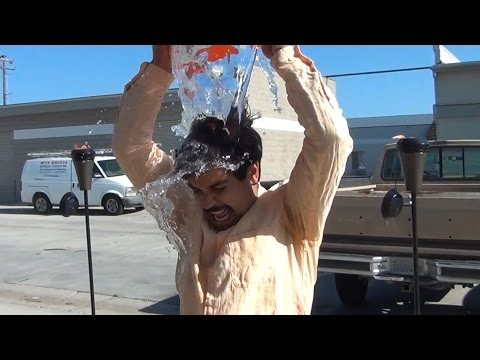 ICE BUCKET CHALLENGE!! - Mega64